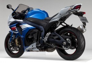 GSX-R1000L2_GLR_Diagonal_Rear_S_4